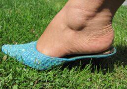 Handbeaded mule heels