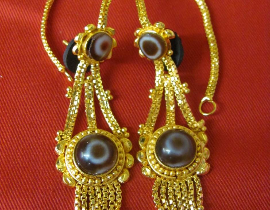 Round Dzi Stone Gold Tibetan Costume Earrings